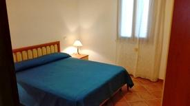 Ferienwohnung 1371809 für 5 Personen in Lu Bagnu
