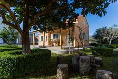Dom wakacyjny 1372387 dla 4 osoby w Divulje