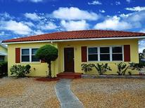 Holiday home 1372812 for 4 adults + 2 children in St. Pete Beach