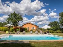 Ferienhaus 1373622 für 10 Personen in Roussillon