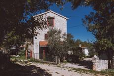 Ferienhaus 1375398 für 3 Erwachsene + 2 Kinder in Gostinjac