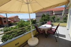 Ferienwohnung 1377283 für 3 Personen in Omišalj