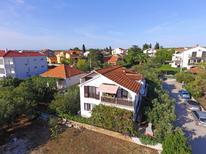 Mieszkanie wakacyjne 1377286 dla 5 osób w Biograd