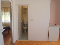 Appartement 1377318 voor 3 personen in Starigrad-Paklenica