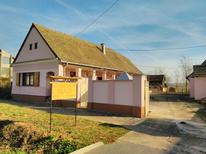 Holiday home 1377424 for 4 persons in Orolik