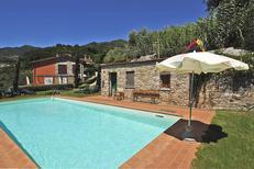 Semesterlägenhet 1377573 för 4 personer i Borgo a Mozzano