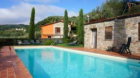 Semesterlägenhet 1377574 för 6 personer i Borgo a Mozzano