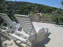 Vakantiehuis 1377774 voor 4 personen in Prigradica