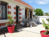 Ferienhaus 1378224 für 8 Personen in Royan
