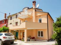 Ferienwohnung 1378302 für 4 Personen in Zambratija