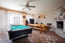 Appartamento 1378567 per 12 persone in Fažana-Surida