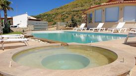 Ferienhaus 1380125 für 6 Erwachsene + 2 Kinder in Castellammare del Golfo
