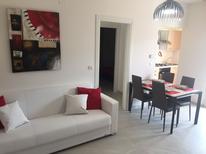 Mieszkanie wakacyjne 1381560 dla 5 osób w Martinsicuro