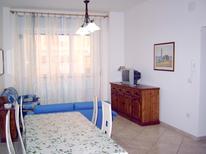 Mieszkanie wakacyjne 1382217 dla 4 dorosłych + 1 dziecko w Grottammare