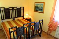 Rekreační byt 1388654 pro 3 dospělí + 1 dítě v Tropea