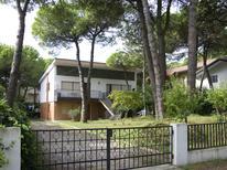 Ferienwohnung 1388697 für 7 Personen in Lignano Pineta