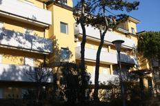 Ferienwohnung 1388831 für 7 Personen in Lignano Pineta