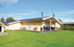 Holiday home 141533 for 6 adults + 2 children in Kysing Næs