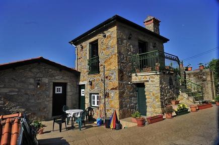 Ferienhaus 145347 für 2 Erwachsene + 2 Kinder in Vale de Cambra