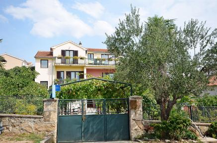 Holiday apartment 145846 for 5 persons in Vodice