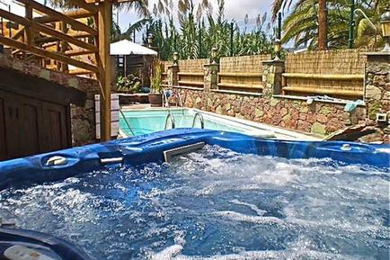 Holiday home 146570 for 3 adults + 1 child in La Aldea de San Nicolás de Tolentino
