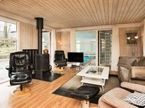 Holiday home 190013 for 10 persons in Fjellerup Strand
