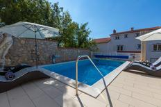 Holiday apartment 214633 for 6 adults + 1 child in Crikvenica