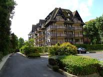 Ferienwohnung 217936 für 4 Personen in Deauville
