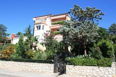 Holiday apartment 227543 for 2 adults + 1 child in Selce