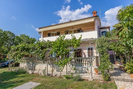 Holiday apartment 228961 for 7 persons in Medulin