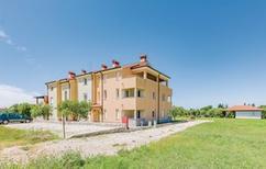 Ferienwohnung 233762 für 4 Personen in Crveni Vrh
