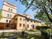 Ferienhaus 256554 für 9 Personen in Pozzale