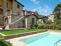 Appartement 257776 voor 6 personen in Bagni di Lucca