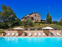 Vakantiehuis 260104 voor 12 personen in Tepolini