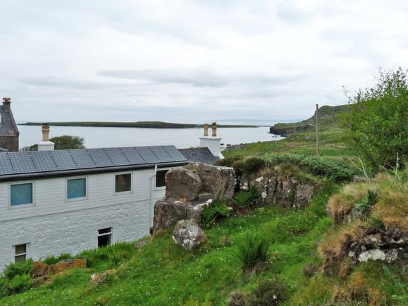 ferienhaus f r 8 personen in staffin atraveo objekt nr 260656. Black Bedroom Furniture Sets. Home Design Ideas