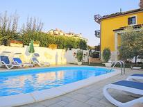 Holiday apartment 262894 for 4 persons in Umag