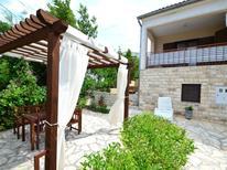 Ferienhaus 263991 für 7 Personen in Rovanjska