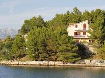 Appartement 264112 voor 6 personen in Ribnica