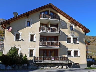 Holiday apartment 269026 for 4 persons in Zuoz