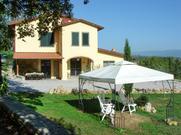 Gemütliches Ferienhaus : Region Badia Agnano für 8 Personen