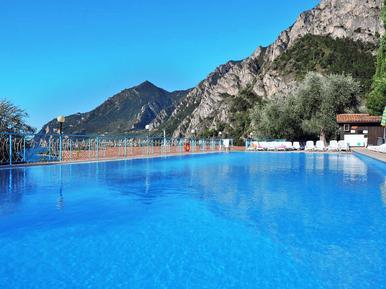 Studio 274275 for 4 persons in Limone sul Garda