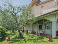 Ferienwohnung 274629 für 3 Personen in Marina Di Massa