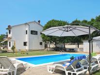 Mieszkanie wakacyjne 274884 dla 2 osoby w Sveti Vid Dobrinjski