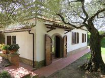 Semesterhus 275219 för 4 personer i Montescudaio