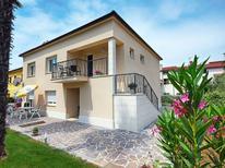 Ferienwohnung 288959 für 6 Personen in Novigrad