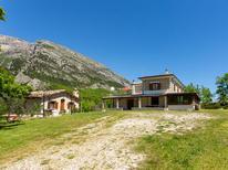 Vakantiehuis 289429 voor 10 personen in Taranta Peligna