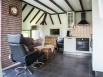 Vakantiehuis 300117 voor 4 personen in Herkingen