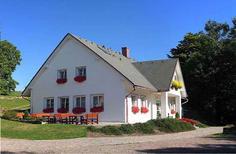 Ferienhaus 323297 für 20 Personen in Pekov