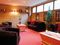 Ferienwohnung 332649 für 8 Personen in Brides-les-Bains