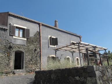 Villa 333326 per 3 adulti + 1 bambino in Trecastagni